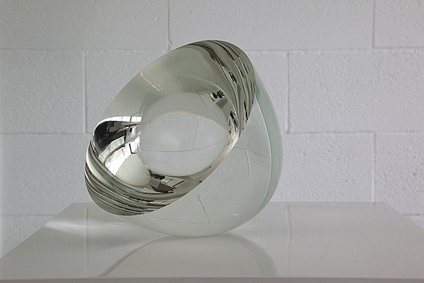 Vaclav Cigler, Clear Half Sphere II 2013, Glass